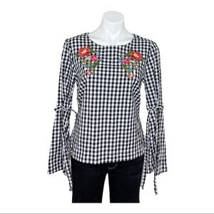 Como Vintage Embroidered Checkered Floral Shirt